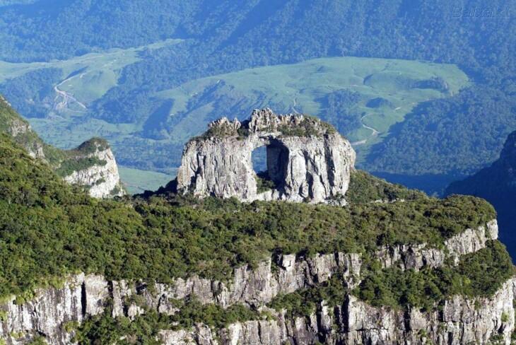 Chalé Vale do Ipê