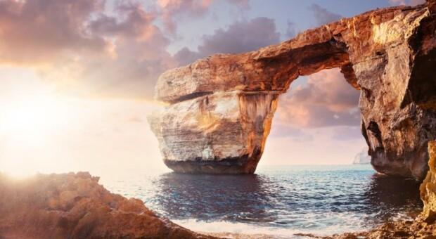 Nãããããão! A famosa Azure Window, na Ilha de Gozo em Malta, DESABOU