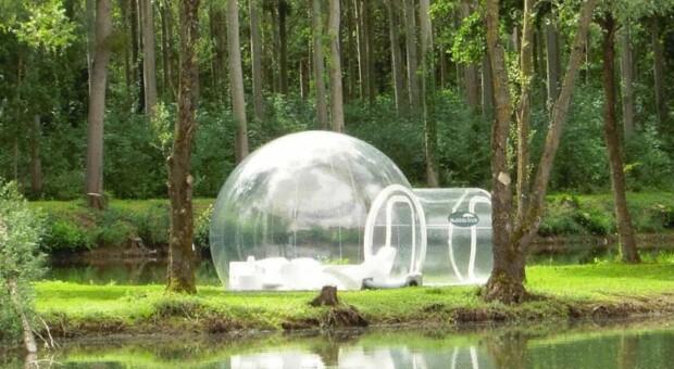 Empresa desenvolve barraca transparente para você pegar no sono vendo as estrelas