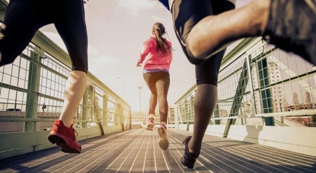 Conheça o aplicativo que troca exercício físico por pontos e passagens aéreas