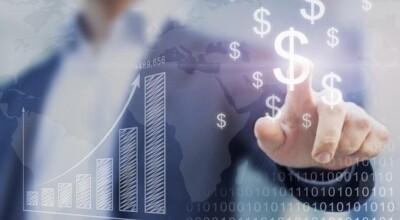 8 dicas para evitar problemas com o dólar alto em viagens internacionais
