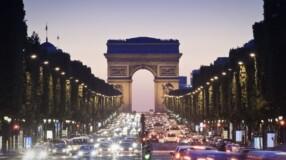 Paris: atrações, hotéis charmosos e imagens incríveis para você se apaixonar