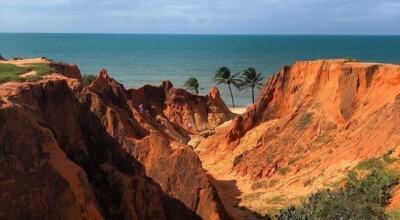 Morro Branco: informações e imagens desta bela praia no Ceará