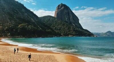 Praia Vermelha: um paraíso quase escondido no Rio de Janeiro