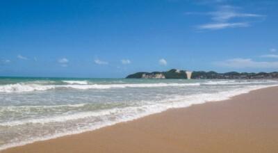 Praia de Ponta Negra (Natal): conheça o principal cartão postal potiguar
