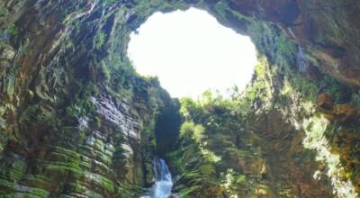 Buraco do padre: um dos pontos turísticos mais lindos do Paraná