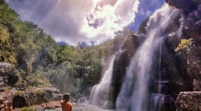 25 cachoeiras da Chapada dos Veadeiros para aproveitar junto à natureza