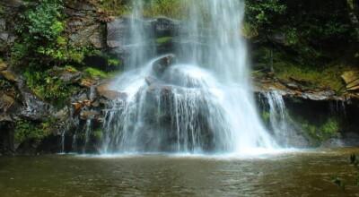 Cachoeiras de Pirenópolis: 15 quedas d'água que você precisa conhecer