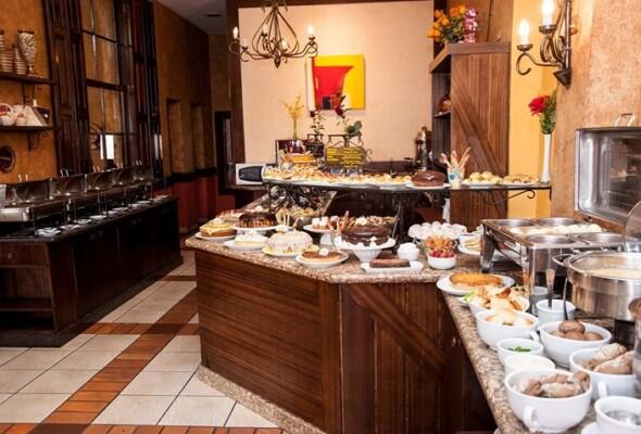 Café Colonial em Curitiba: 12 locais para uma refeição saborosa
