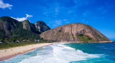 Praia de Itacoatiara: conheça uma das orlas mais bonitas do Brasil