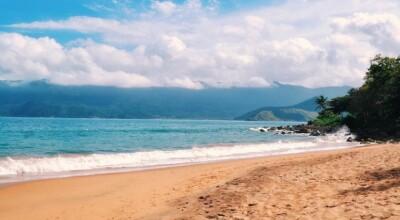 Praia do Curral: saiba o que fazer na praia mais agitada de Ilhabela