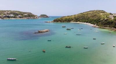Praia da Ferradura: o que fazer nessa incrível orla de Búzios