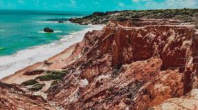Praia de Coqueirinho: conheça e se apaixone pelo lindo litoral paraibano