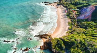 Tambaba: conheça a mais bela praia de naturismo do nordeste brasileiro