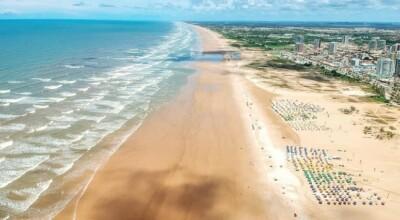 Praia de Atalaia: o que fazer na orla urbana mais charmosa de Sergipe