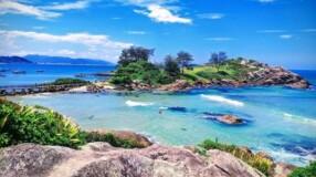 Praia da Armação: descubra atrações perfeitas na Ilha da Magia