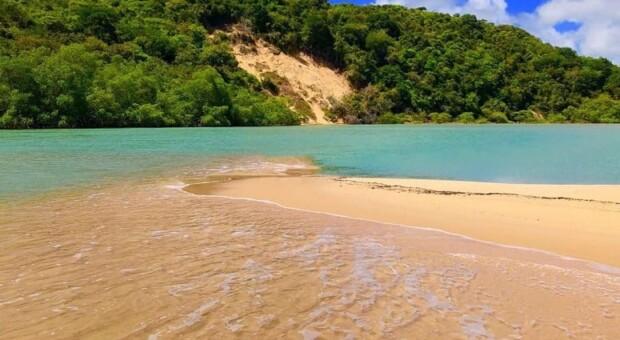 Barra de Camaratuba: viva um encontro único com a natureza na Paraíba