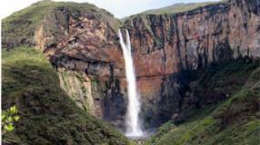 Se apaixone por Lapinha da Serra com suas paisagens encantadoras