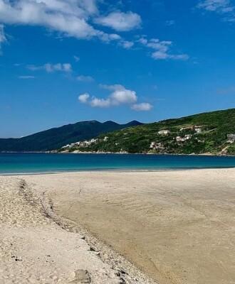 Visite a Praia dos Anjos e curta passeios incríveis em Arraial do Cabo
