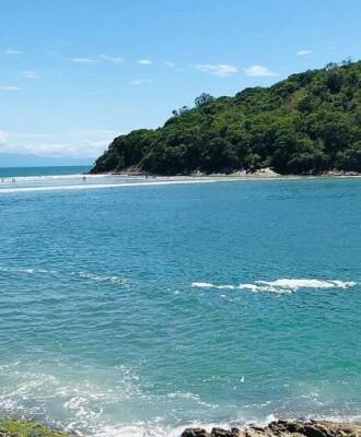 7 atividades na Praia do Mar Casado para curtir as belezas de Guarujá